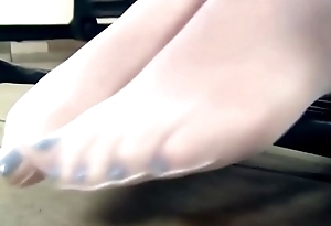 Girl Next Door Nylon Feet Teasing &amp_ Dangling in Episode &quot_Sewing Machine &amp_ Red Flats&quot_ - Watch Round essentially SweetNylonFeet.com
