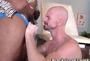 Black adulterate gets a bj