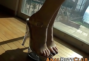 Kinky sluts feet played