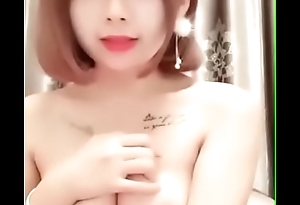 G&aacute_i Xinh Show H&agrave_ng
