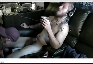 Straight Homeboy allows sucking cock until it squirts