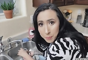 Eating stepmoms ass while washing dishes