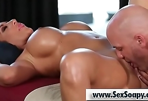 Busty milf gets her pussy licked - Derrick Exhaust and Richelle Ryan
