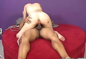 PAWG Jenna Ivory takes a BBC