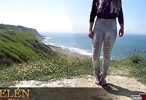 Amateur teen showing cameltoe in tight jeans